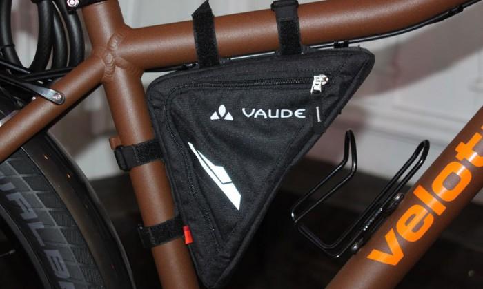 fahrradtaschen f r jeden anlass die kleine schwarze oder. Black Bedroom Furniture Sets. Home Design Ideas